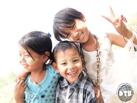 multi_lingual-burmese_kids