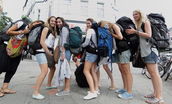 backpacker-hotties